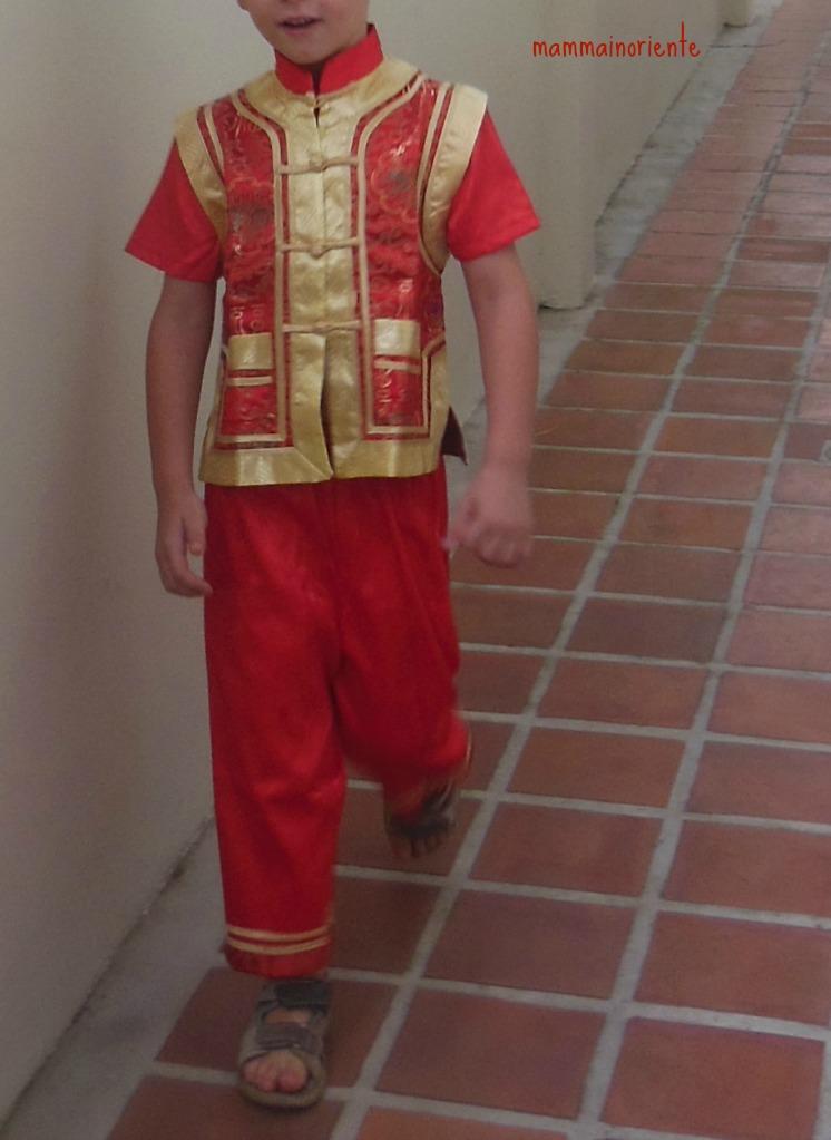 Di scuola costumi e varie mamma in oriente for Casa tradizionale cinese