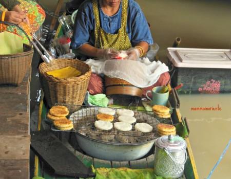 Mercati dal mondo: Il mercato galleggiante di Pattaya