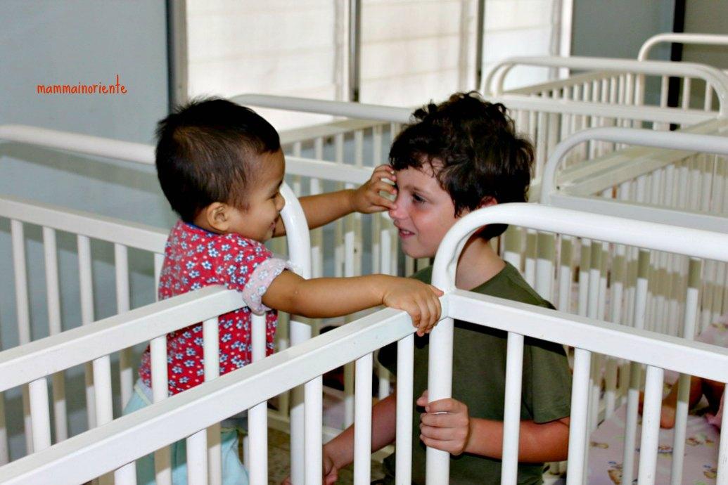 Mattinata all'Orfanotrofio di Pattaya