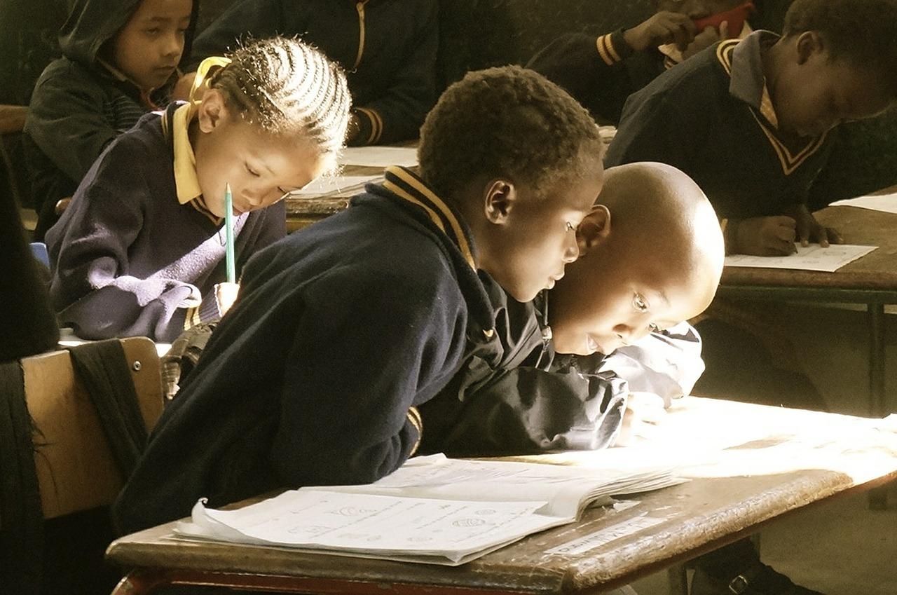 Scolari africani