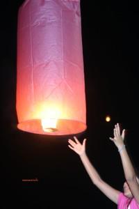 Lanterna rosa Loi Krathong