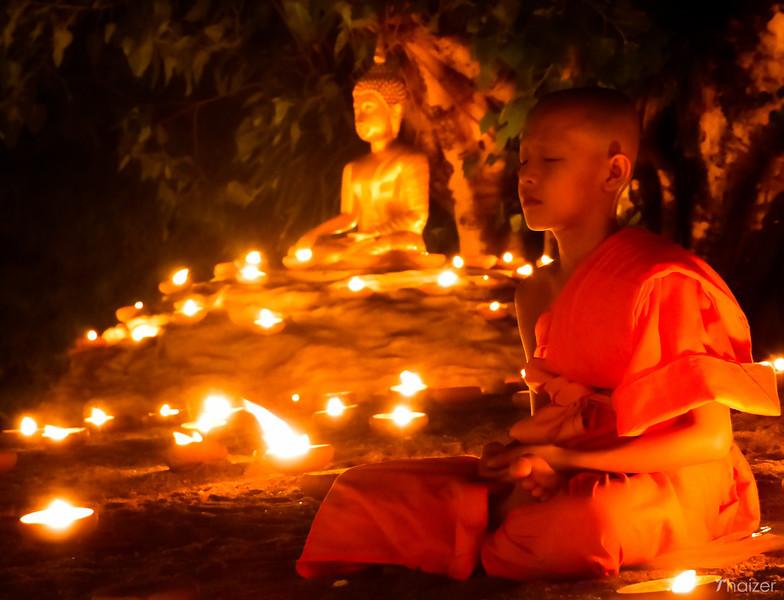 La celebrazione dell'Asanha Bucha in Thailandia