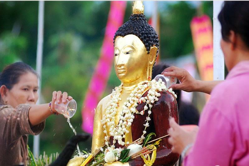 Inthakin Pillar Festival